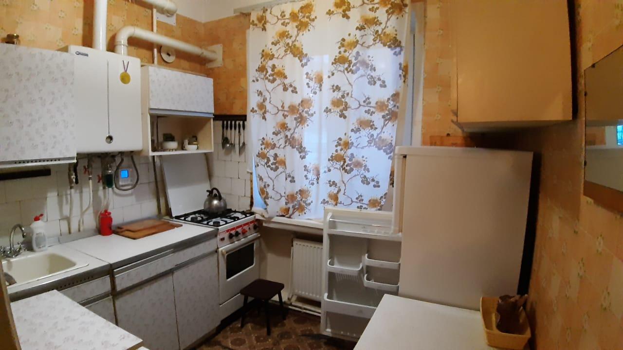 Кухня. Продам/Сдам, 3-х комнатная квартира Кондрово Комсомольская дом 19 - 1 100 000 ₽. 8-920-885-8888