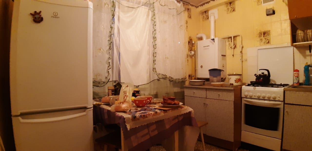 Кухня. Продам в Товарково 2 комнатная квартира на 2 этаже — 1.000.000 улица Центральная Калужская область 89208858888
