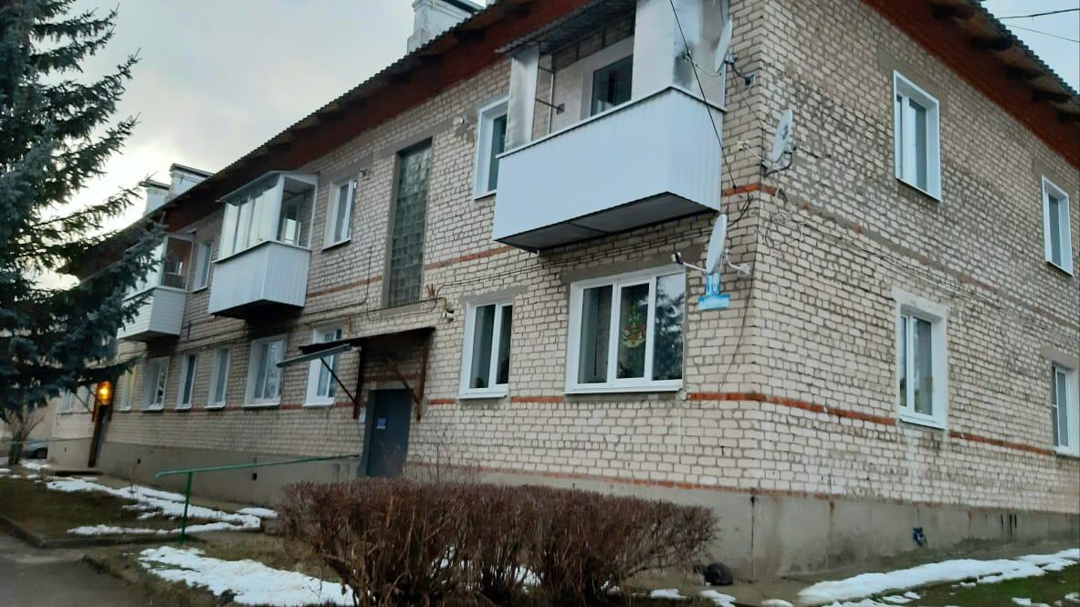 Продам/Сдам, 3-х комнатная квартира Кондрово Комсомольская дом 19 - 1 100 000 ₽. 8-920-885-8888