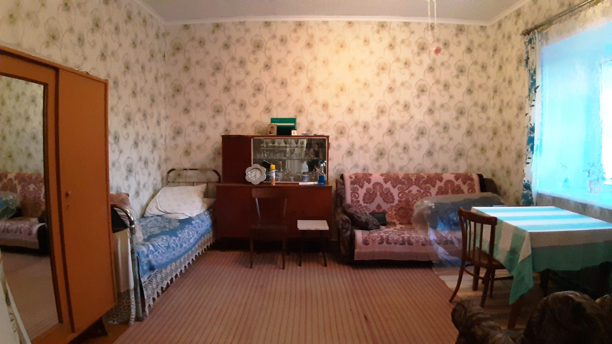 Продаю комнатную квартиру Полотняный Завод трудовая