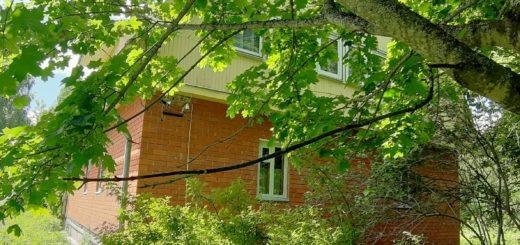 Продам дом с участком в деревне Смагино река Угра 300 метров